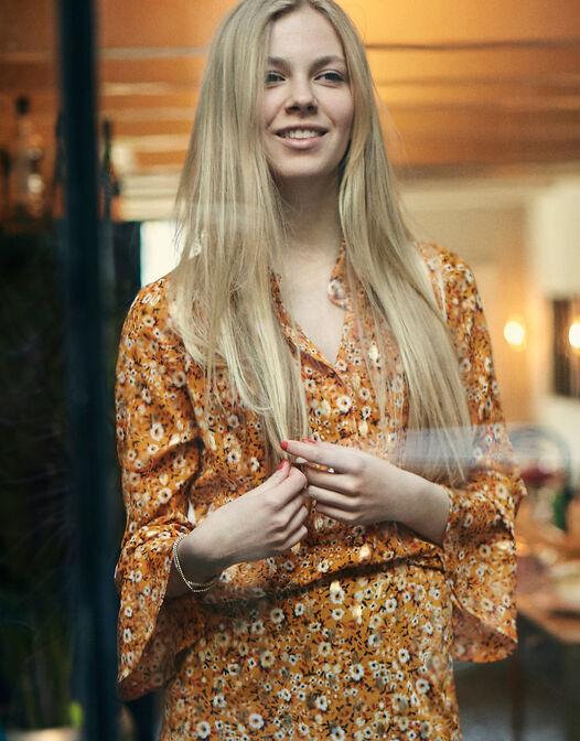 Phoebe -  - large